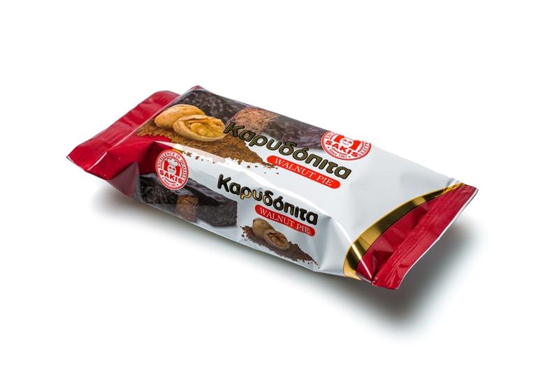 Καρυδόπιτα - Σιροπιαστά Σάκης